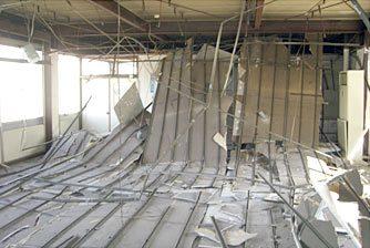 旧社屋の被災状況写真