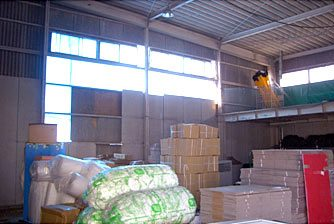 倉庫の被災状況写真